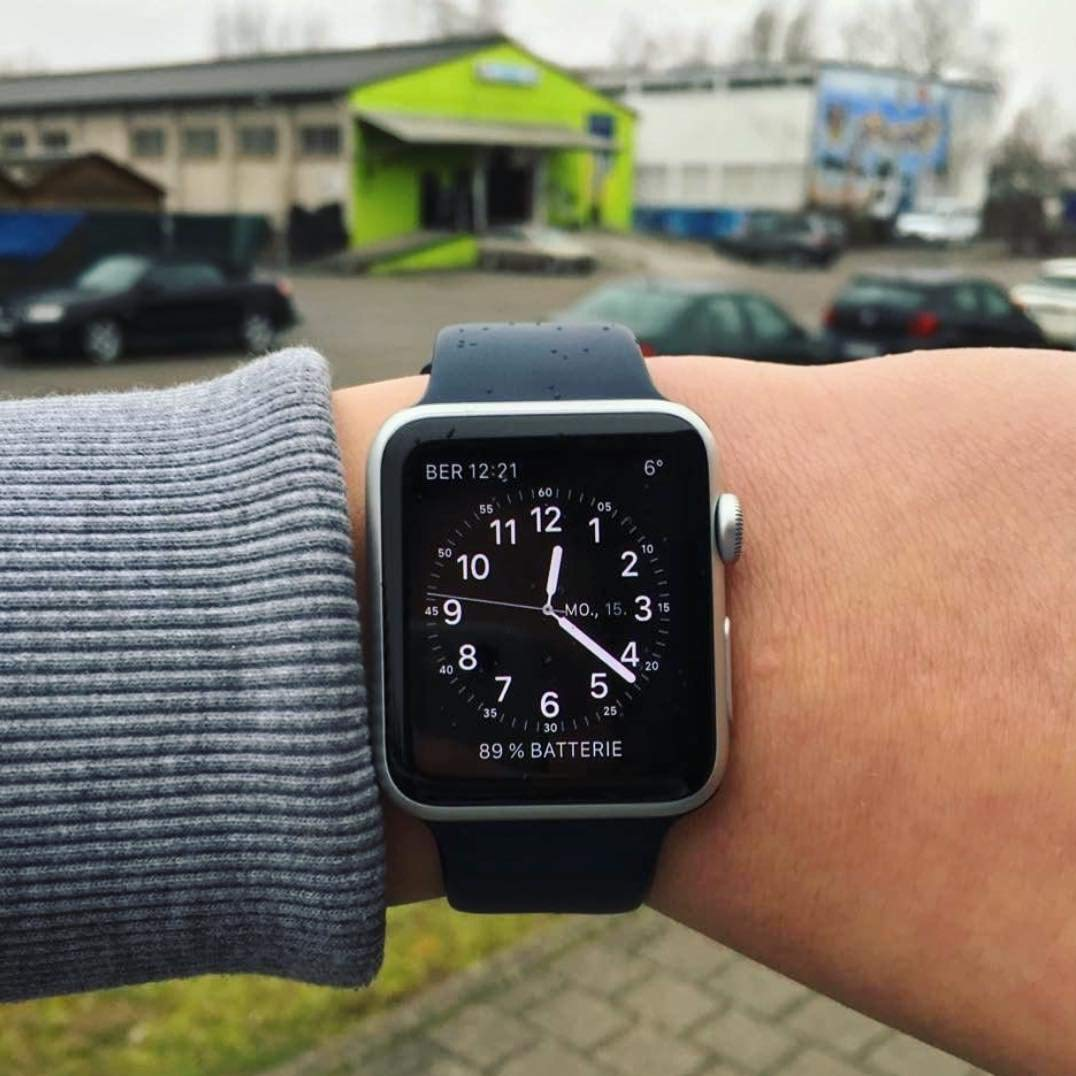... Silikonový řemínek SmoothBand pro Apple Watch Series 3 2 1 (42mm) b543ca28959